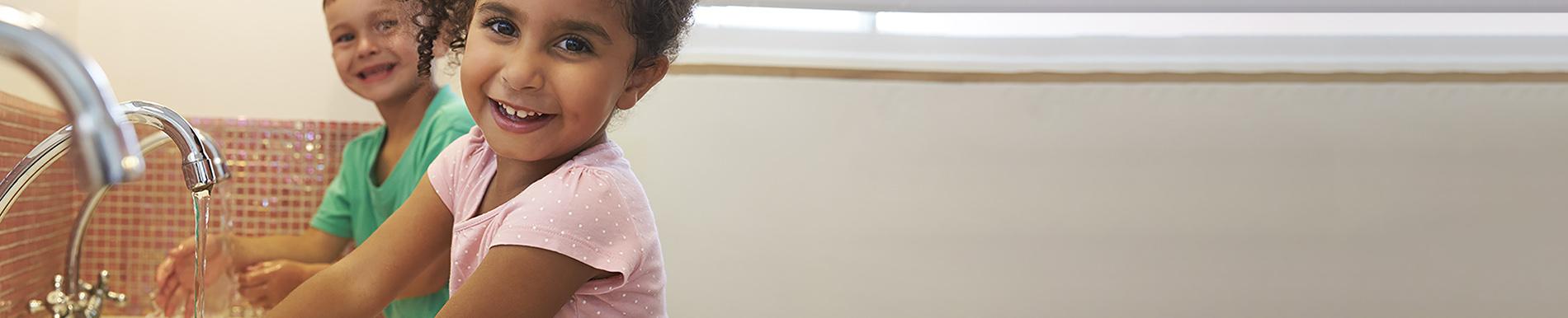 https://www.healthychildren.org/SiteCollectionImage-Homepage-Banners/Coronavirus_Banner.jpg
