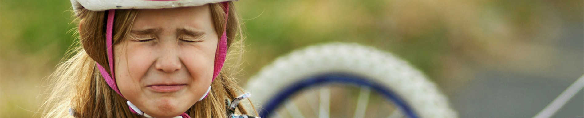 https://www.healthychildren.org/SiteCollectionImage-Homepage-Banners/bike_fall_header.jpg